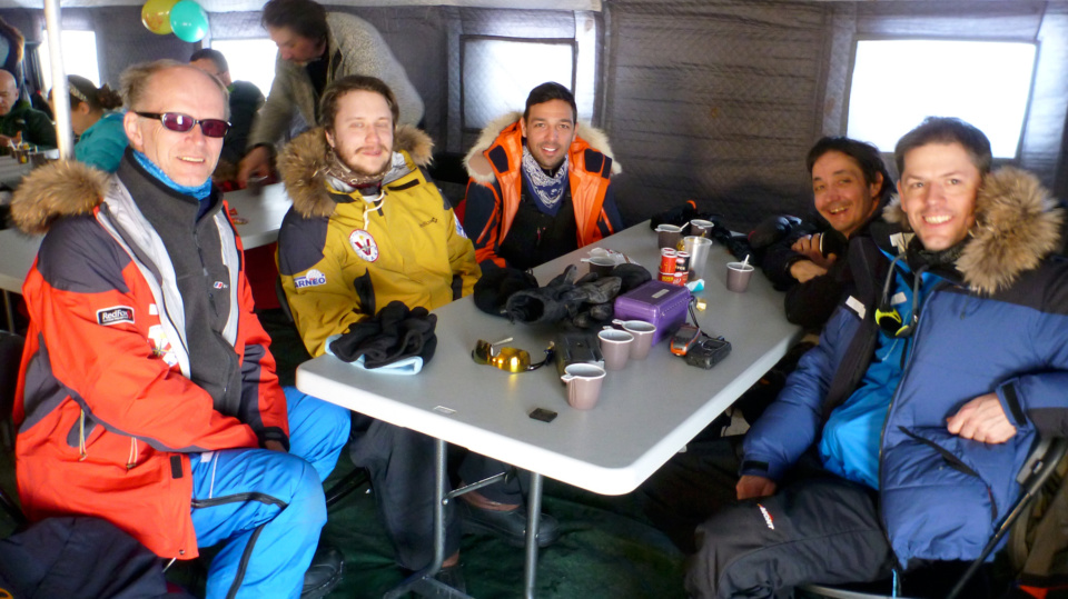 Icetrek Barneo Inside With Team