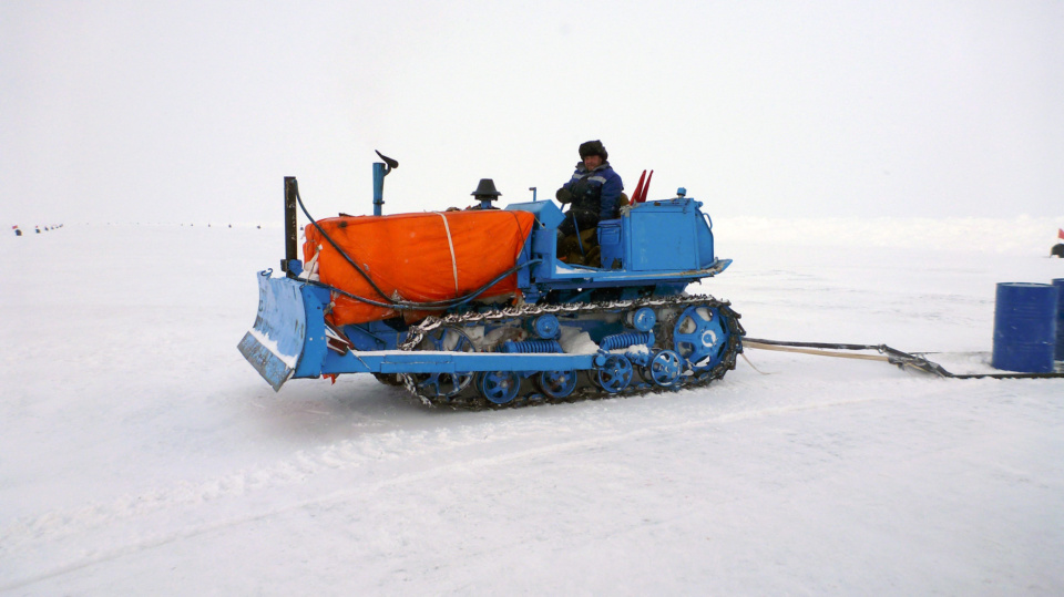 Icetrek Tractor At Barneo Camp