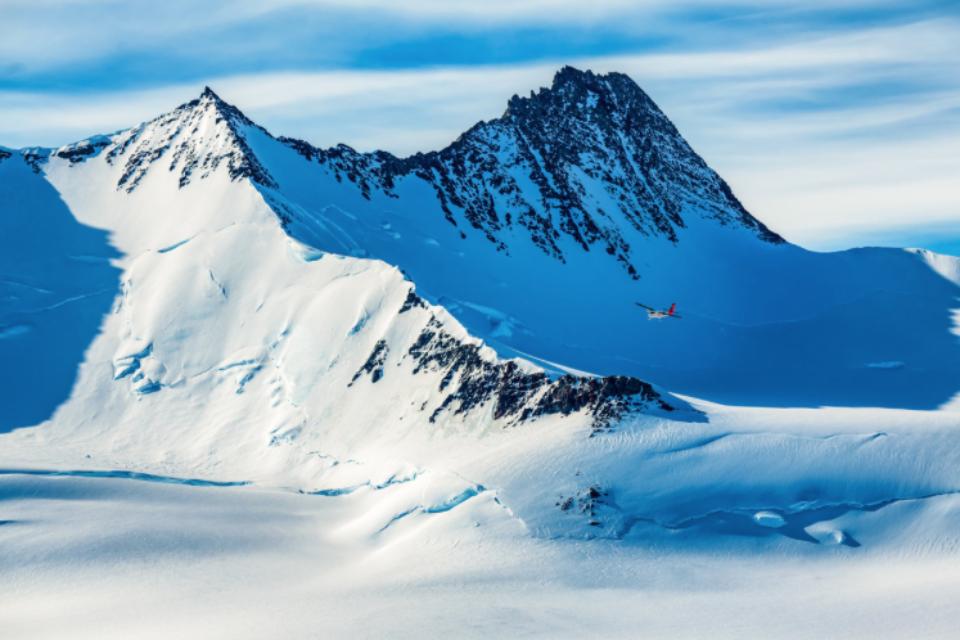 Ale Three Glaciers Camp19