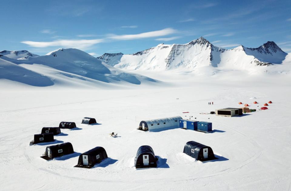 Ale Three Glaciers Camp21